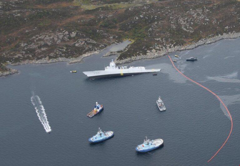 Avertisment pentru un vas grec de cercetare de la o fregată turcă