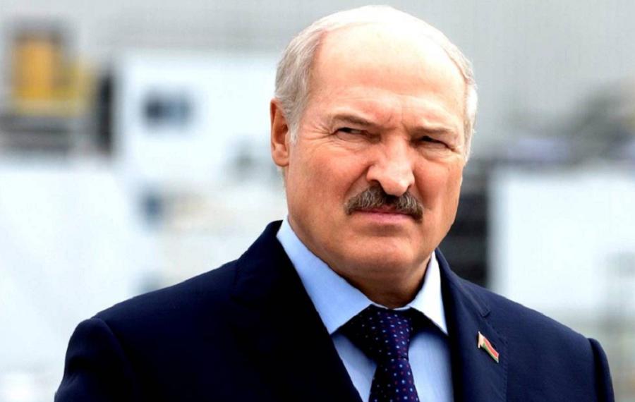 Alexandr Lukașenko este acuzat că va folosi banii pentur represiuni