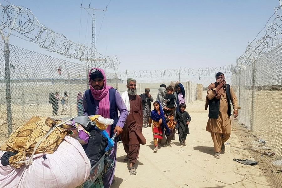 Milioane de afgani depind de ajutoare umanitare