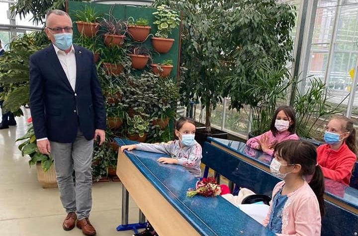 Sorin Cîmpeanu nu vrea să închidă școlile din Ilfov